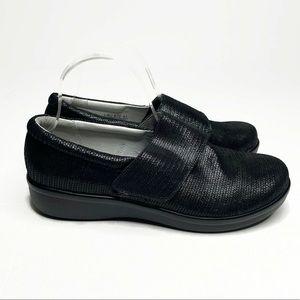 NWOT Alegria Lauren Black Shimmer Velcro | 41